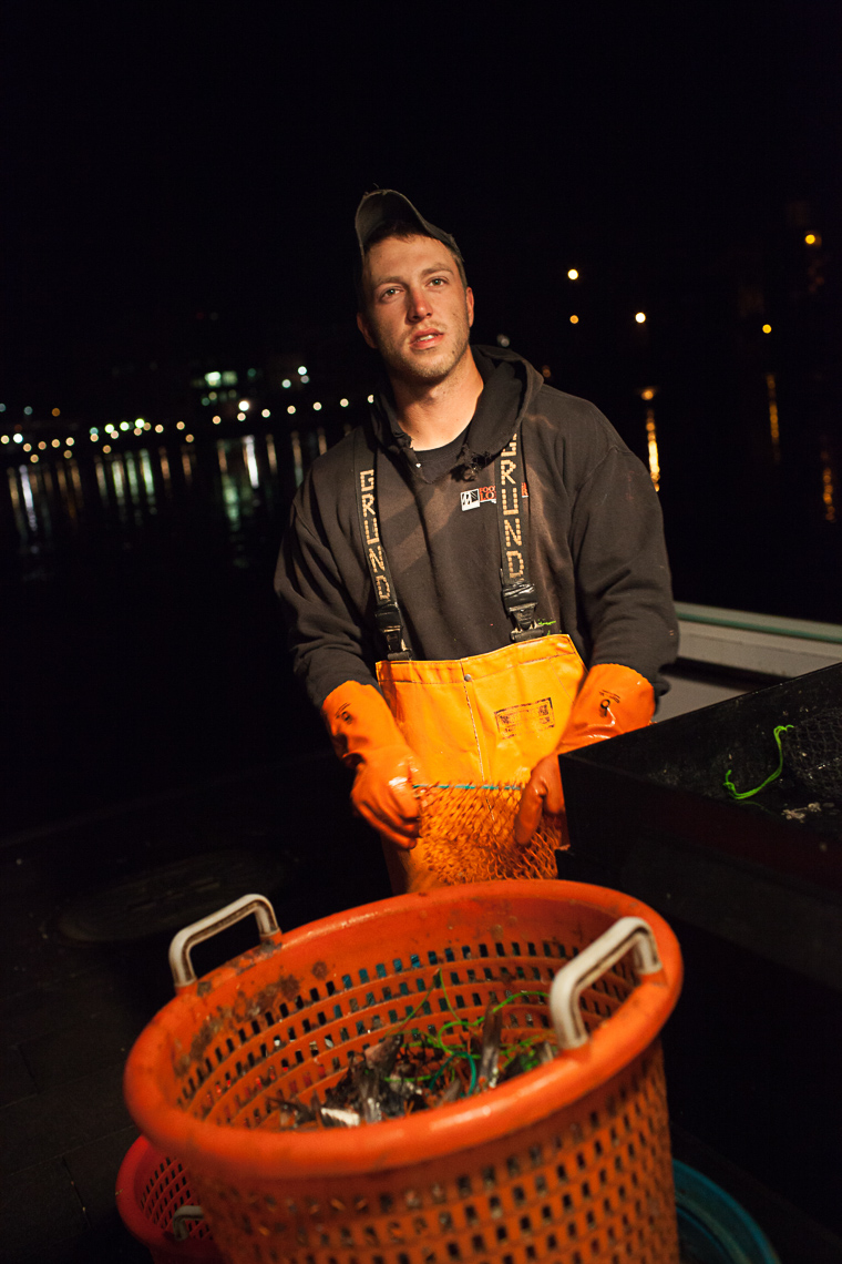 0003_lobster_fishing_fisherman_maine_new_england_photographer