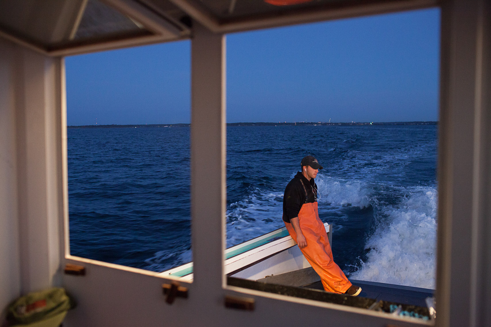 0009_lobster_fishing_fisherman_maine_new_england_photographer