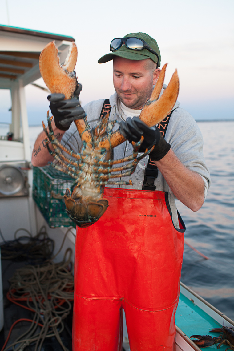 0015_lobster_fishing_fisherman_maine_new_england_photographer