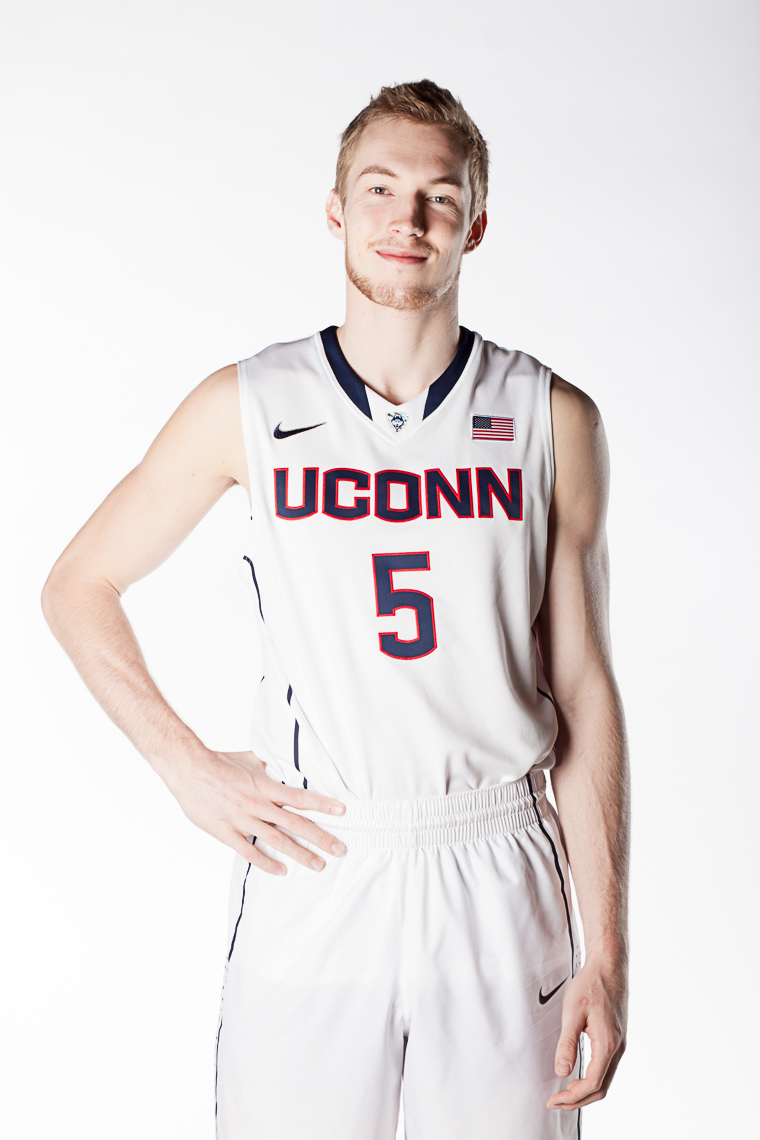 0017_uconn_basketball_photographer_portraits_bball_photojane