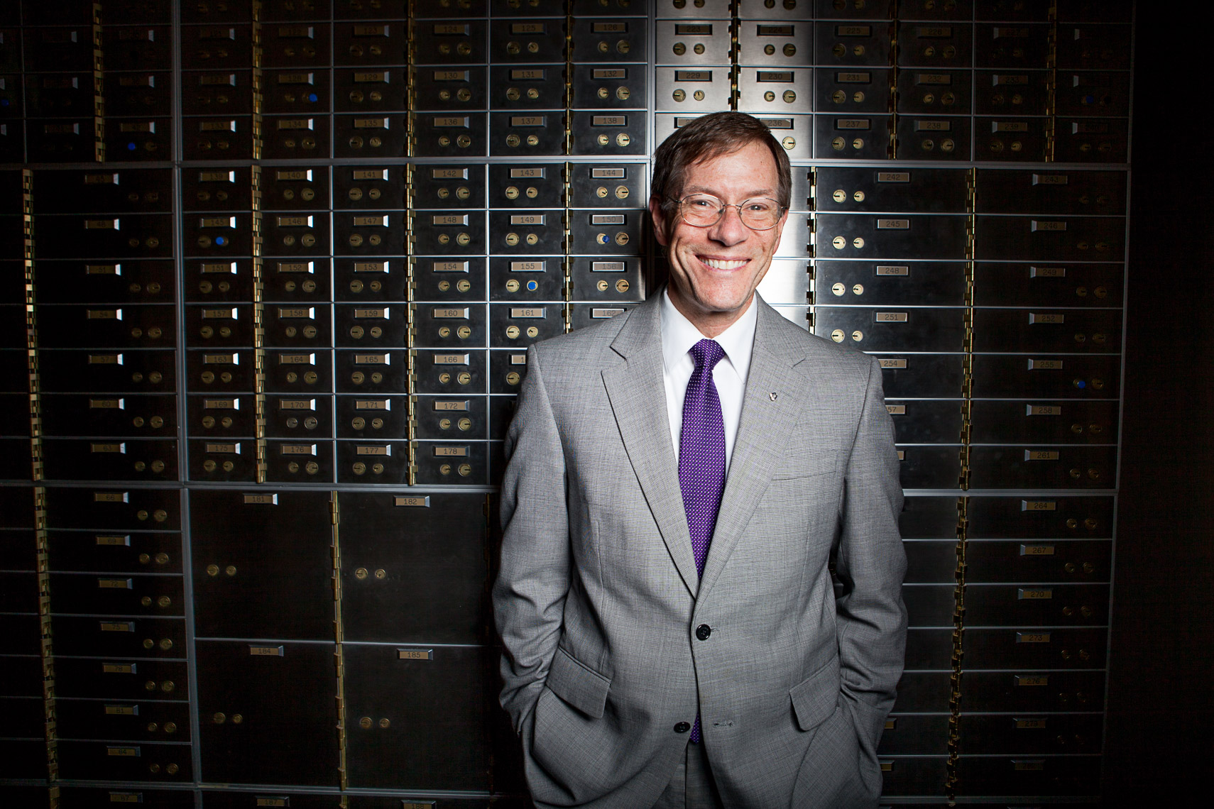 020_0001_rick_mortan_banker_commercial_portrait_corporate_editorial_advertising__portrait_photographer_hartford_ct_photojane_photojane