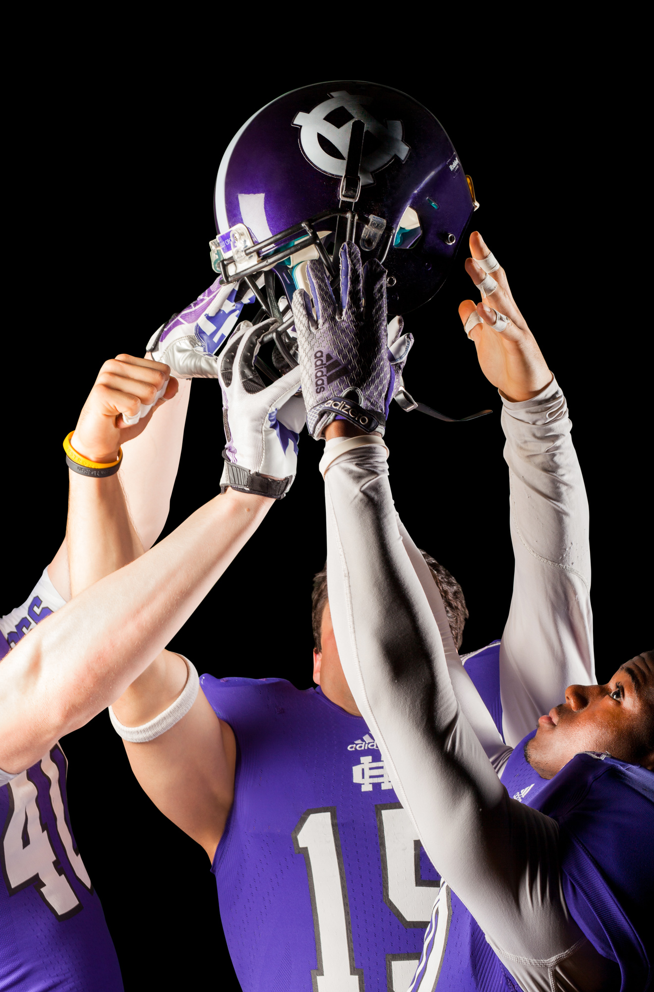 0621_holy_cross_football_2015_photojane_R-Edit_final2